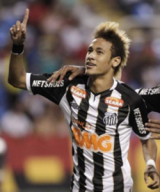 Relembre as mudanças no visual do craque Neymar
