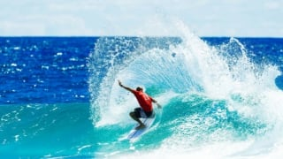 Kelly Slater (EUA)
