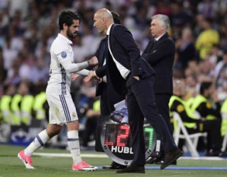 Isco e Zidane - Real Madrid x Bayern de Munique