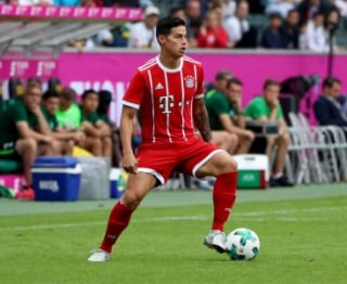 James Rodrigues estreando com a camisa do Bayern Munique