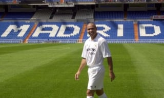 2002 - Ronaldo (Inter e Real Madrid/Brasil)