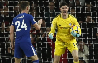 Courtois e Cahill - Arsenal x Chelsea
