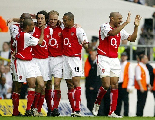 Gilberto Silva - 2004 - Título invicto do Arsenal