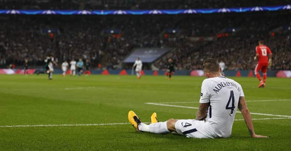 Alderweireld - Tottenham x Real Madrid