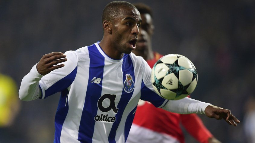 Ricardo Pereira lateral do Porto